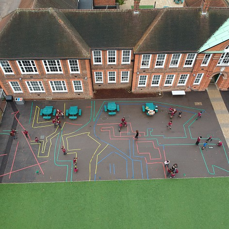 Fern Hill Primary School pupils collaborate with The Kingston Academy to create a navigable maze.